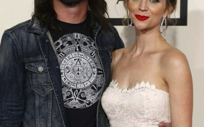 Dave Grohl brings obscure Canadian metal connection to the red carpet