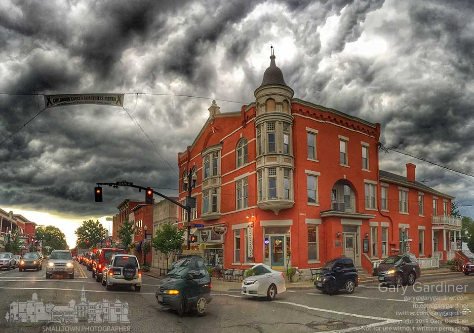Stormy afternoon in Uptown